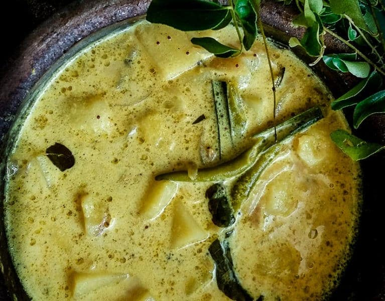 Tender Potatoes in a creamy gravy of Coconut milk. A Sri Lankan dish that is a staple at lunchtime. vegan, vegetarian, gluten-free,