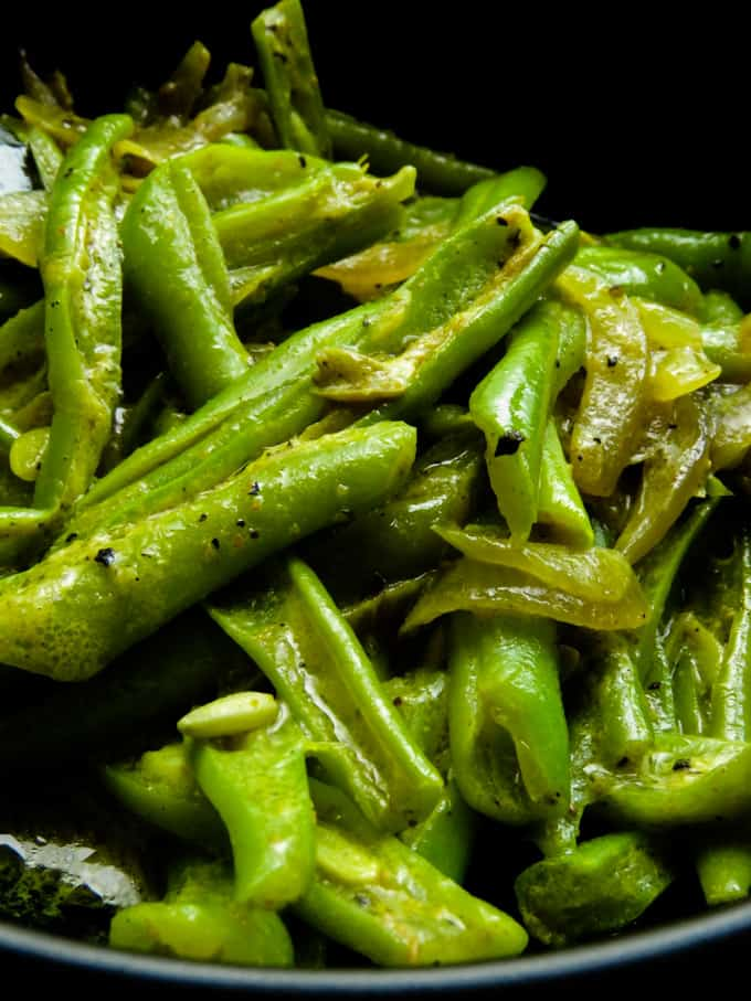 green bean curry(Sri Lankan bonchi curry).