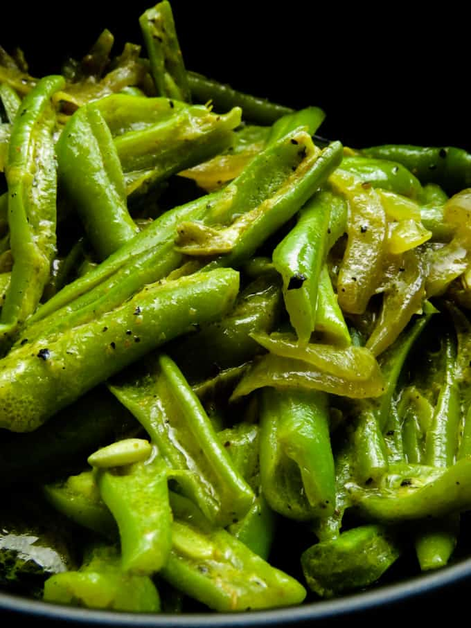 Sri lankan bonchi/green bean curry.
