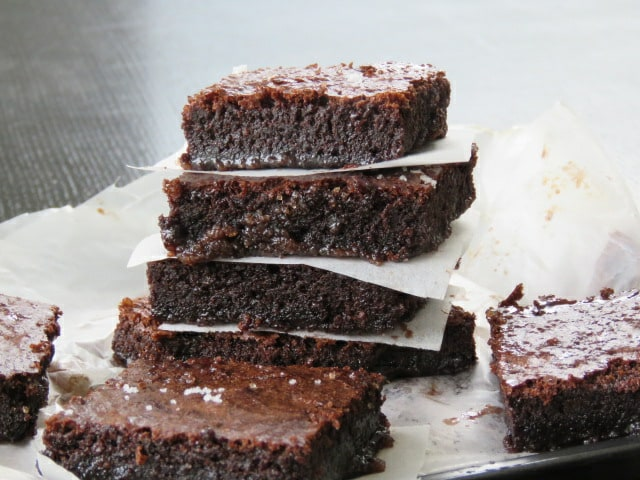 www.islandsmile.org, Gooey milo brownies to satisfy all your cravings