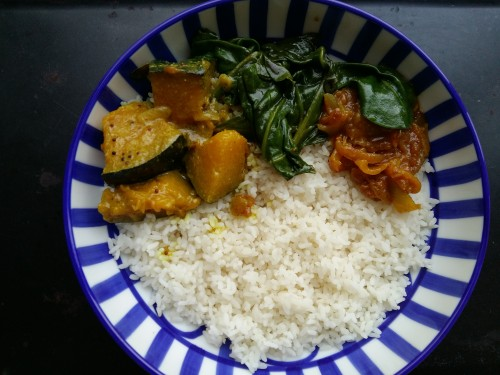 srilankan lunch bowl. find recipe on www.islandsmile.org