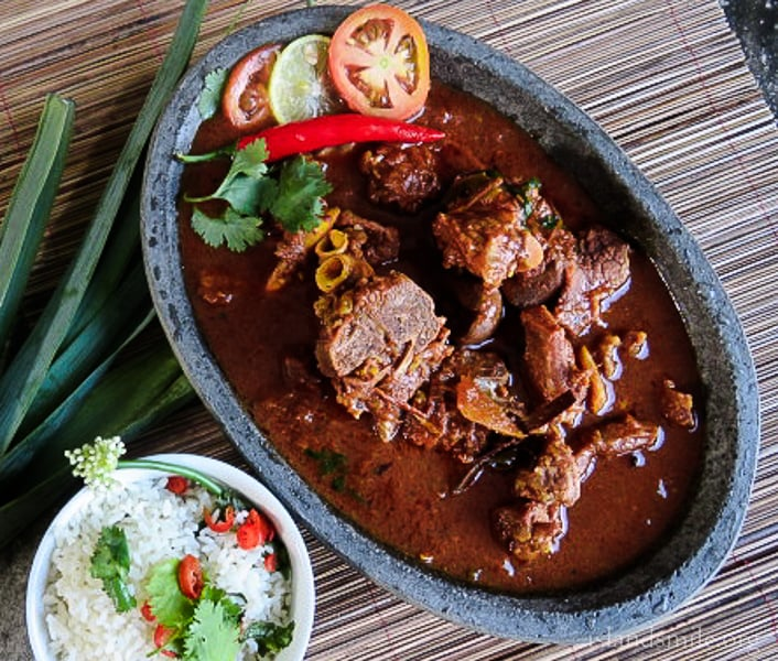 Spicy mutton curry cooked in coconut milk and spices-pxl680-3330