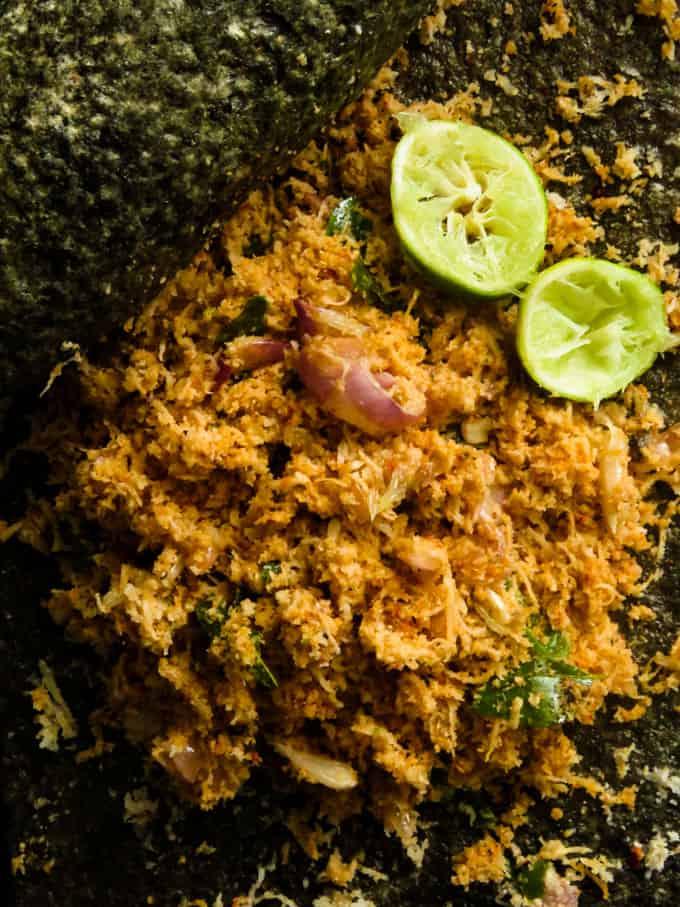 Sri Lankan coconut sambol(pol sambol).