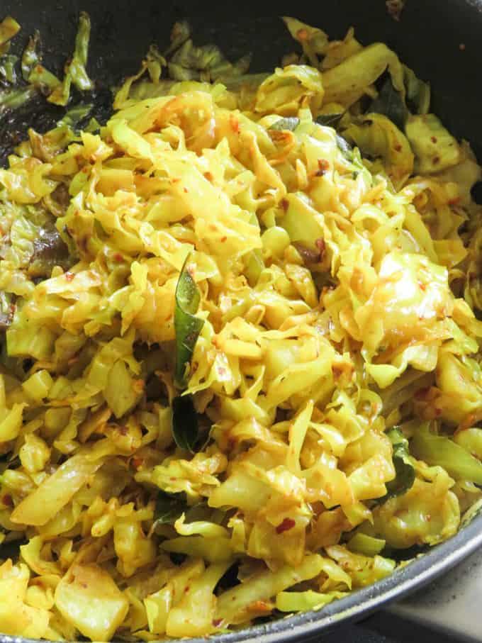 spicy cabbage stir-fry