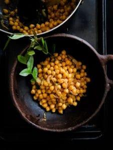 Tempered Breakfast chickpeas(Sri Lankan)-islandsmile.org