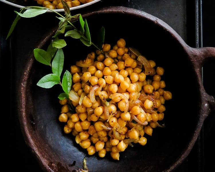 Tempered Breakfast chickpeas(Sri Lankan)-islandsmile.org