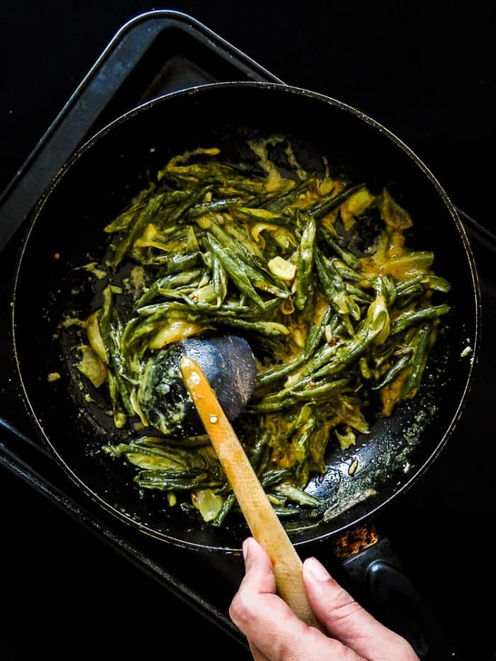 String bean curry with Turmeric and Coconut milk(Sri Lankan).
