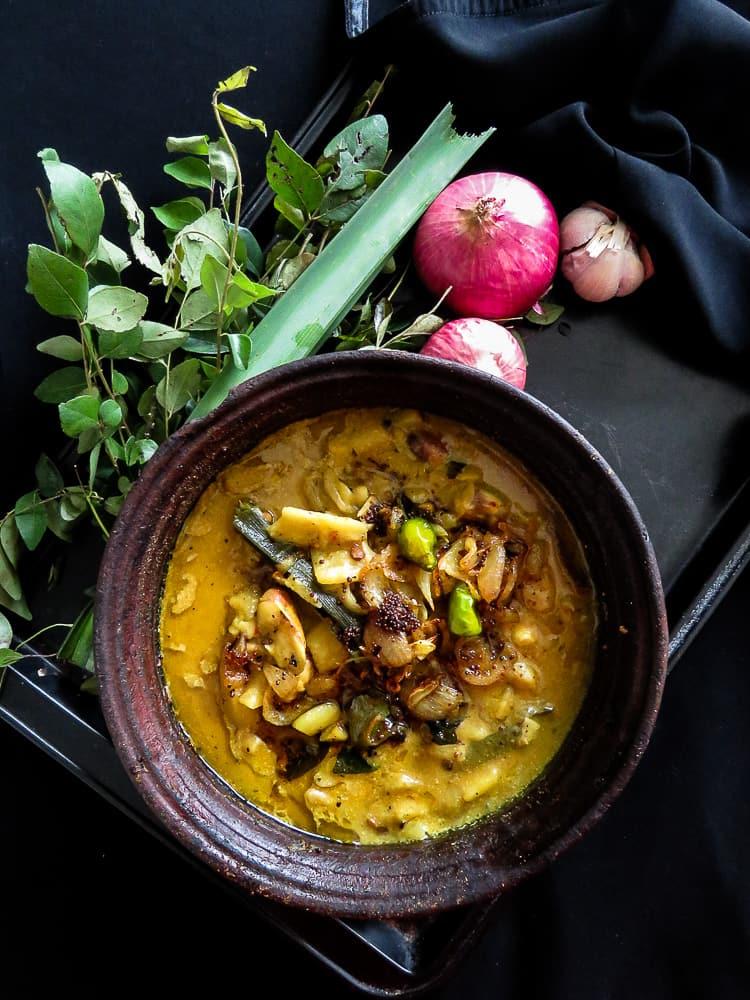 Sri lankan Jackfruit curry cooked in coconut milk(kiri kos)-islandsmile.org