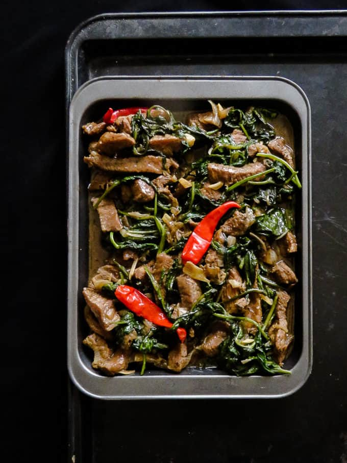 kankun(kang kong), soy, garlic Beef stir-fr. Tender beef cooked in Oyster and Soy base sauce. Make it and see them fall in love with this simple yet delicious dish.