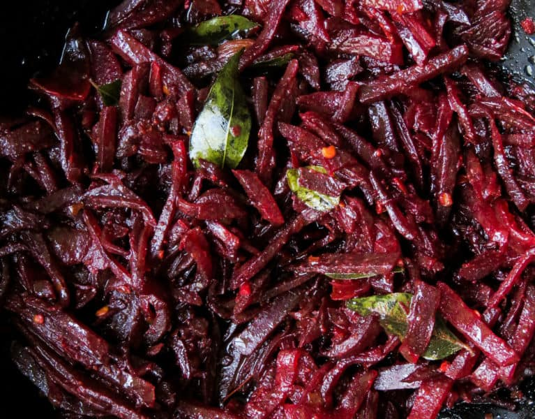 Sri Lankan Beetroot curry, with a variety of health benefits, this colorful dish is a must try for anyone who's been eating their beets in salads. vegan, vegetarian, gluten-free, low-carb-islandsmile.org