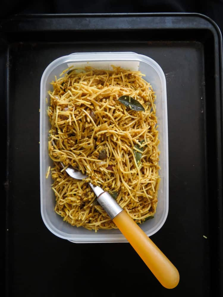 School-lunchbox fried egg noodles- this recipe is all about keeping the kids full during their school hours and making it tasty at the same time. it's quick to make, healthy, homecooked and easily customizable so you get this one dish you can pack up forfour weeks with little variations-islandsmile.org