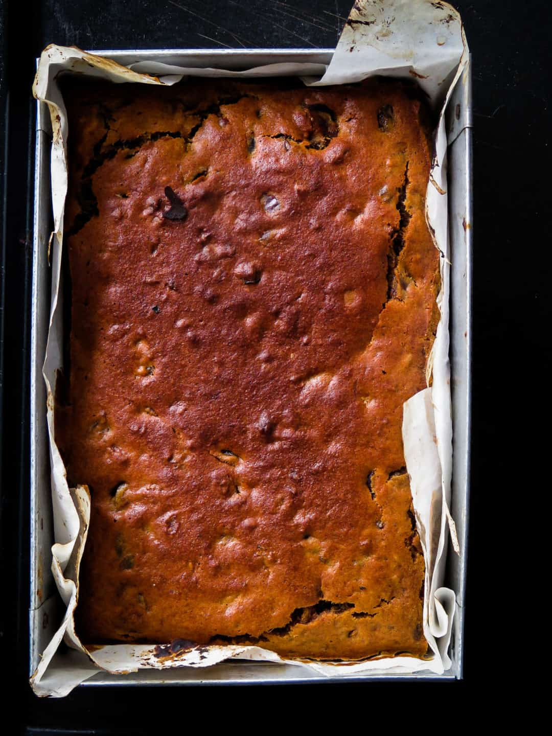Cashew-raisin moist date cake- with chunky pieces of dates for you to enjoy, this super moist date cake will be the ideal treat when you need a spiced up cake-islandsmile.org
