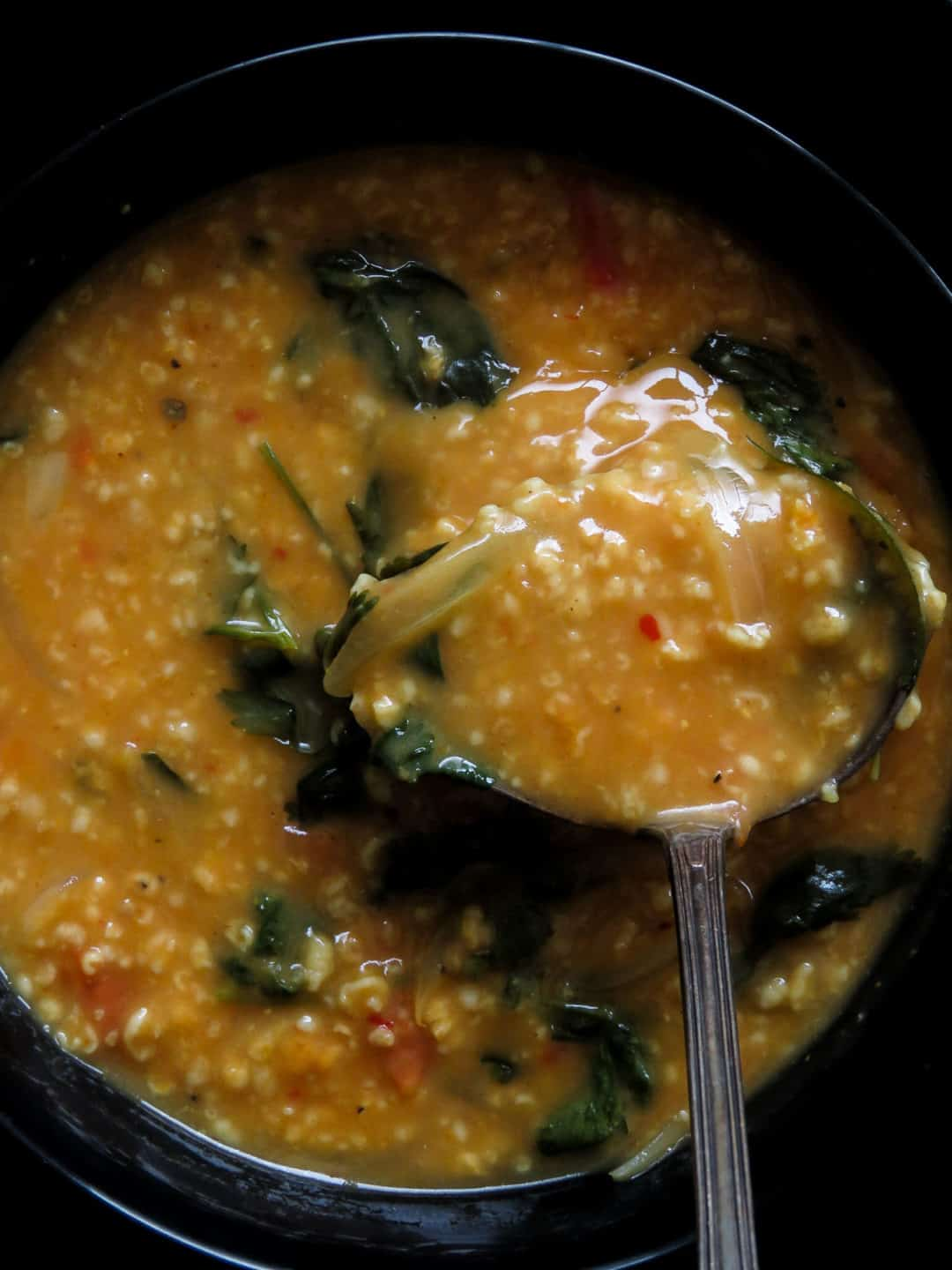 Spicy-curried oat soup- healthy, filling and made under 30 minutes, you'll never go back to making colorless and bland oats soup once you've tried this tasty and colorful variation-islandsmile.org