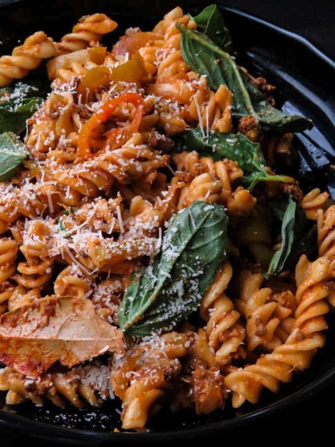 Easy spicy ground beef pasta. A spicy version of your regular beef and pasta dish. It's a one-pot meal you can serve straight from the stove to the dinner table.#beef #spicy #ground beef #onepot #skillet #dinner #quick #easy.