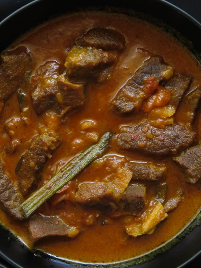 Sri Lankan meal plan 7 . start with a spicy beef curry.