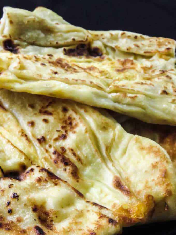 How to make Sri Lankan egg roti/paratha. A step-by-step guide on how to make egg paratha. A must-know roti(paratha)recipe if you want to make some of the well known Sri Lankan street food and snacks at home