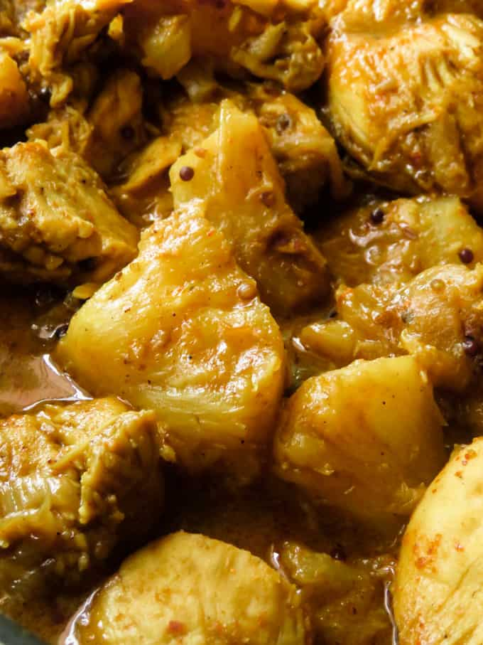 sri lankan styel chicken and pineapple recipe low carb and delicious.