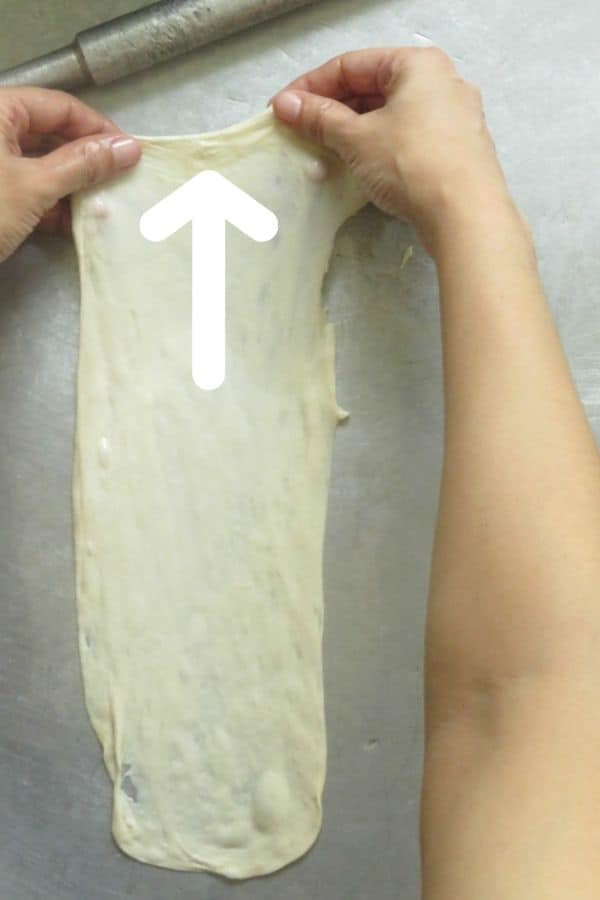 directions to stretch the vegetable roti.