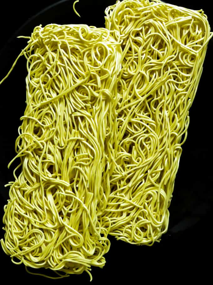 type of noodles to use for chicken lo mein. islandsmile.org