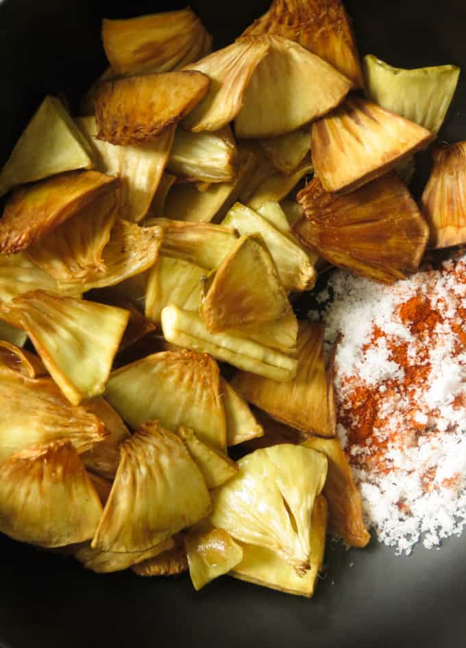 fried breadfruit image with salt and chilli powder.