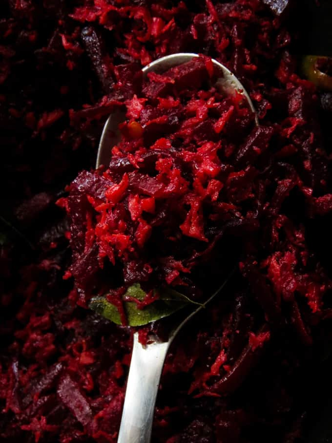 coconut beetroot mallung