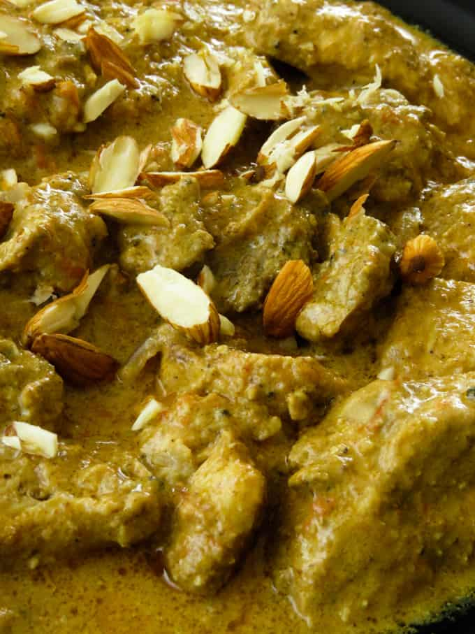 chicken pasanda(Indian almond-badam chicken curry).