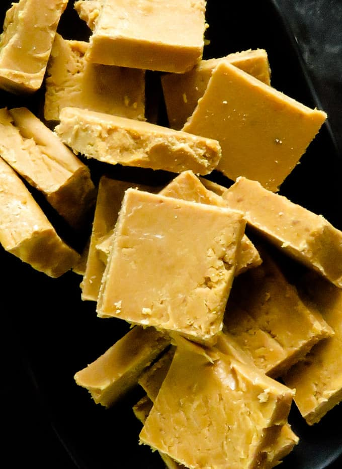 condensed milk fudge made with a microwave