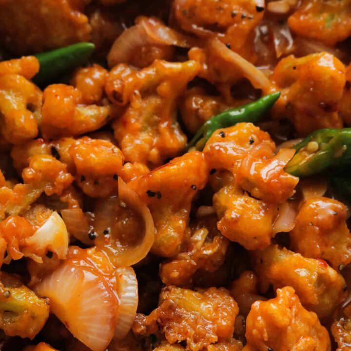 spicy chili cauliflower served in a platter