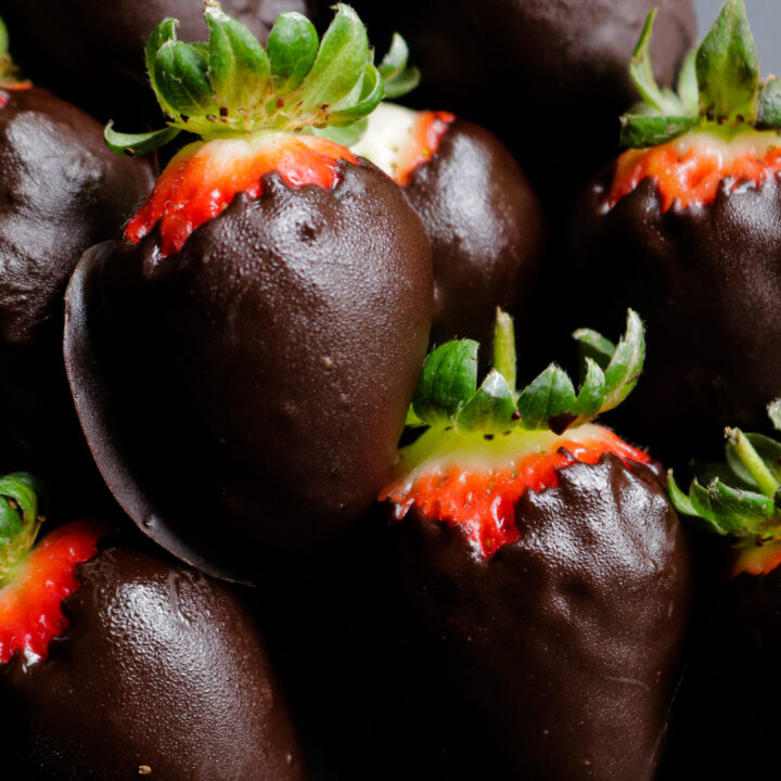 bite size chocolate covered strawberries